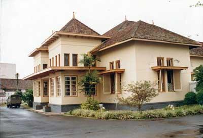 tahun 1949-1950 museum ini berfungsi sebagai markas Divisi Siliwangi ...