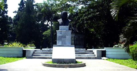 Monumen Dewi Sartika